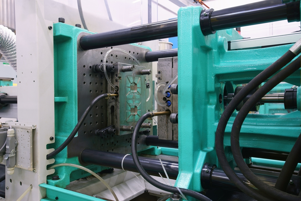 plastic injection mold cooling time